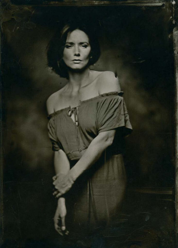 Collodion Wet Plate - Stephanie Dubois - Dallmeyer 1A lens